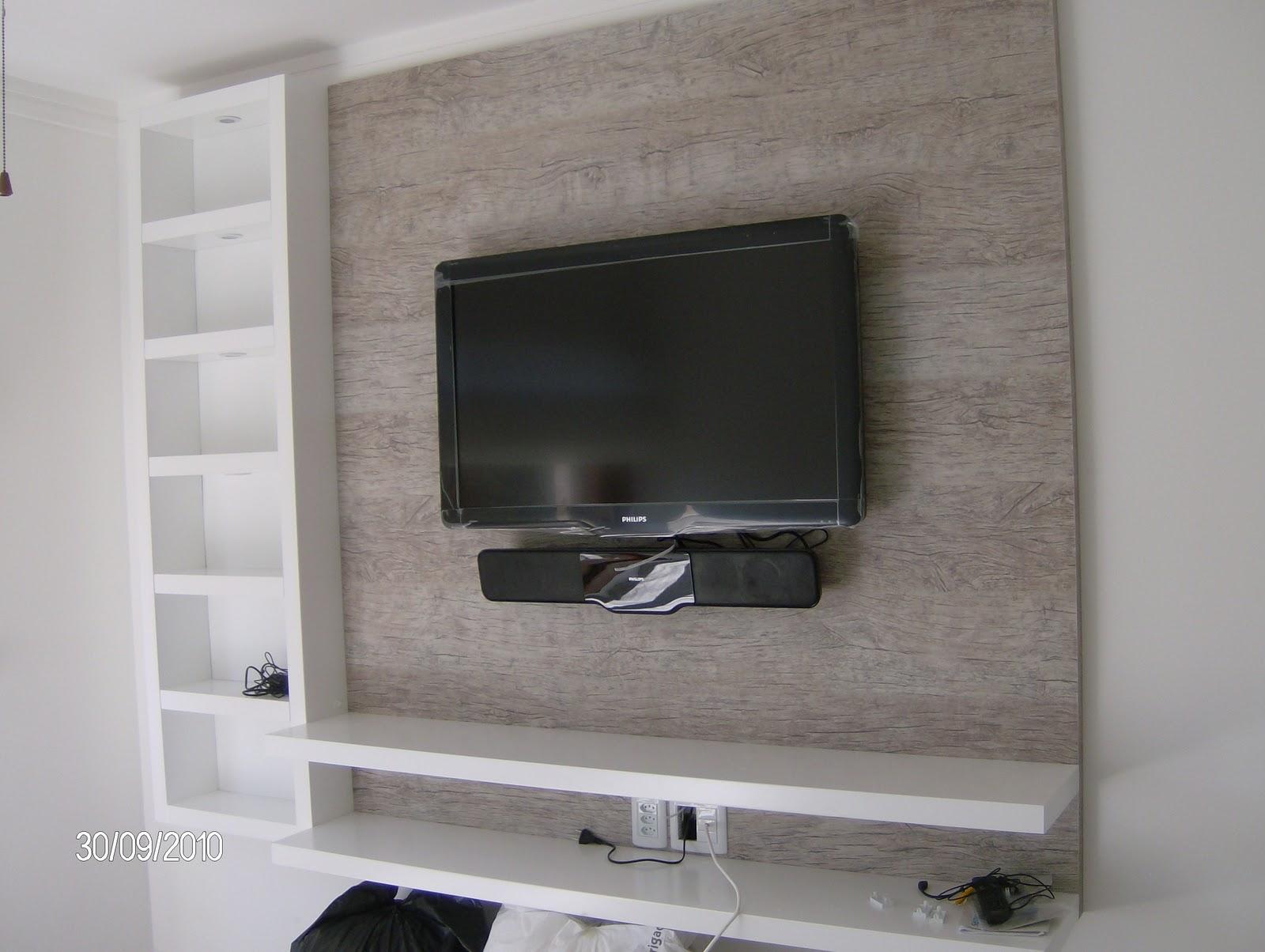 de tv é que fica mais fácil esconder os fios dos outros aparelhos #4B4C5E 1600x1204