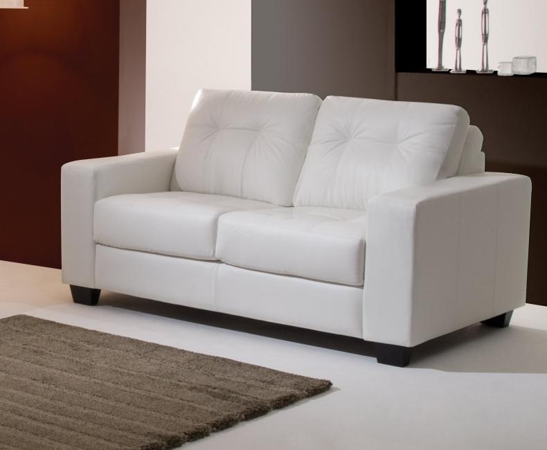 Um m vel de luxo o sof branco vamos ver modelos moda for Modelos de sofas clasicos