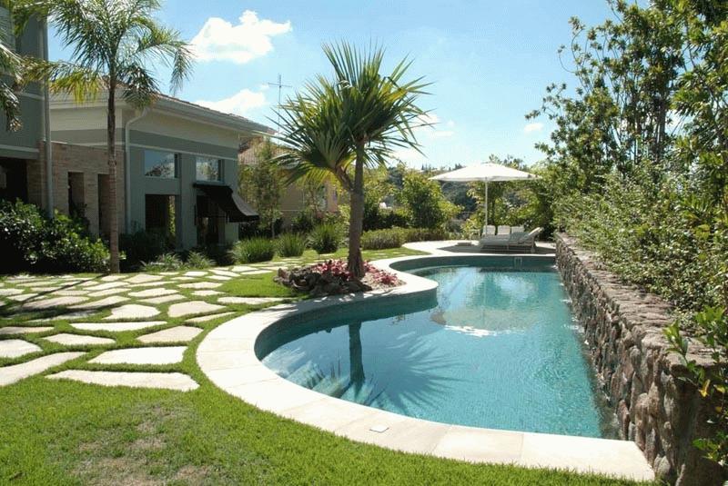 Casa com piscina descubra o conforto que pode causar for Modelos de piscinas de campo
