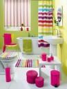 banheiro pequeno colorido 6
