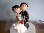 bolo de casamento com noivinhos 6