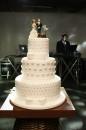 bolo de casamento com noivinhos 8