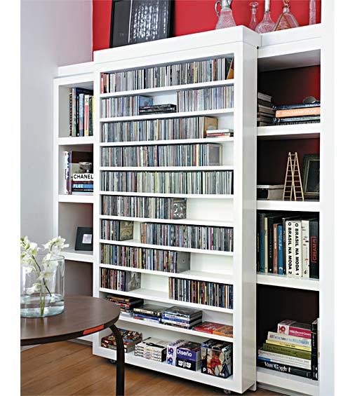 Estantes para livros os modelos est o diferentes e for Distancia entre estantes biblioteca