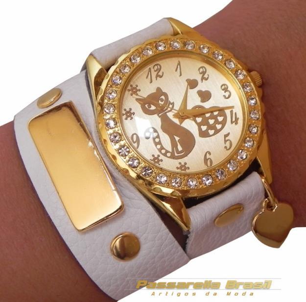 4d8f0ae7750 Luxuosas pulseiras de couro para relógios femininos - Moda e ...