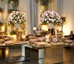 mesa de casamento com flores 6