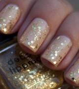 unhas com dourado 4