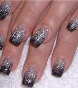 unhas decoradas com glitter prata 2