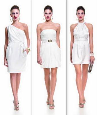 Vestido branco curto que acessorios usar