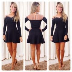 Vestido tubinho preto com telinha