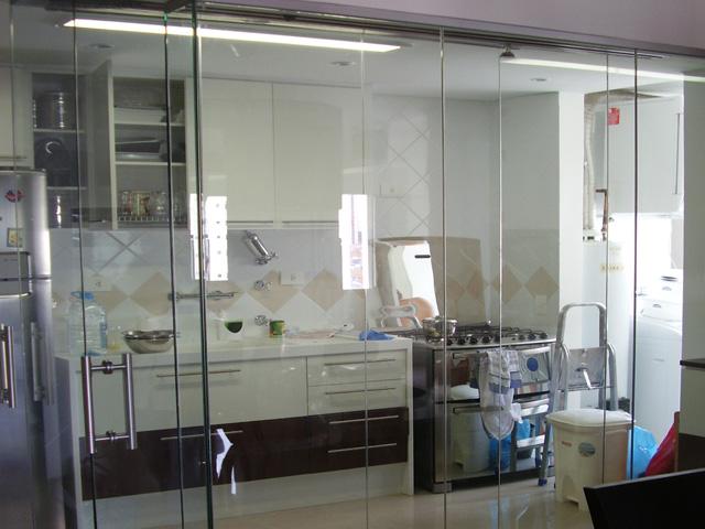 fechamento em vidro interno