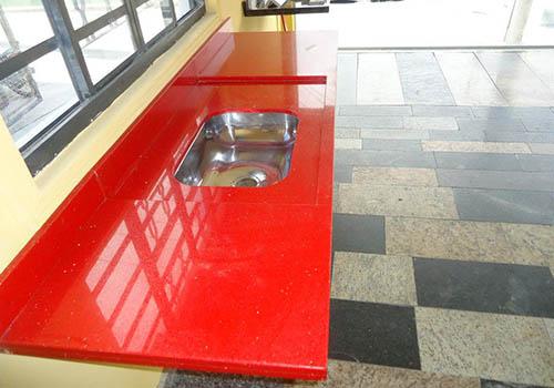 pia de granito vermelha
