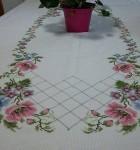 toalhas bordadas de mesa