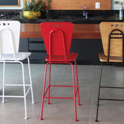 banqueta de cozinha vermelha